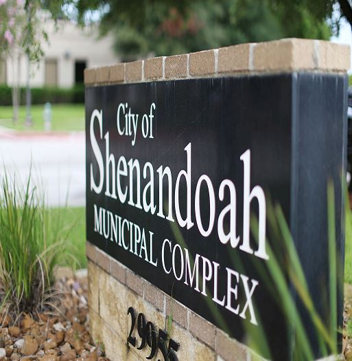 City of Shenandoah front sign at an angle